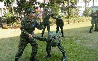 後備部實施綜合格鬥暨戰鬥體適能訓練