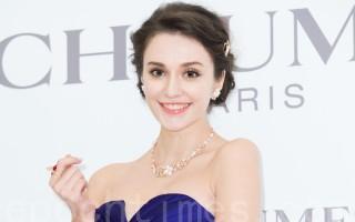 名模瑞莎3月25日在台北出席珠寶活動。(陳柏州/大紀元)