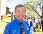3月25日中午,硅谷華人團體超過百人在州議員羅達倫(Evan Low)的辦公室外舉行了近2小時的抗議活動。圖為加州硅谷庫比蒂諾市市長張昭富。(馬有志/大紀元)