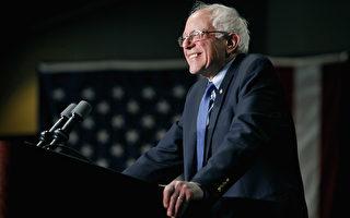 美國民主黨總統參選人桑德斯3月15日在亞利桑那州的競選集會上發言。  (Ralph Freso/Getty Images)