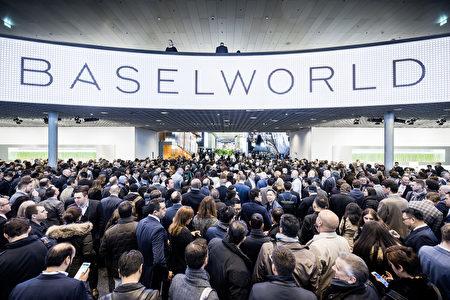每年的巴塞爾錶展都是全球知名品牌前沿創意與設計的首發平台,在這裡匯集的經典往往都是各大品牌的傳世之作。 (Mathias/大紀元)