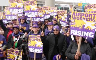 全美機場工人罷工 浪潮蔓延至紐約