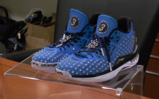 「火猴」球鞋紐約上市 叫價400萬美元