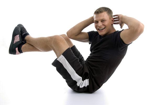 研究:仰臥起坐無助減肥卻可能導致疾病