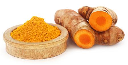 图为姜黄和姜黄粉。(fotolia)