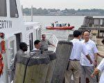 2006年7月21日郭伯雄在美國紐約港口訪問。 (Angelia M. Rorison/U.S. Coast Guard via Getty Images)