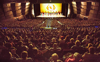 神韻十周年巴黎爆滿 歐洲巡演完美落幕