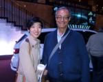 華裔女孩王露西說:「看完神韻後,感覺做為中國人非常自豪。」 (騰冬育/大紀元)