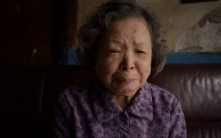 84歲資深演員梅芳去年重摔 胸骨塌陷開刀