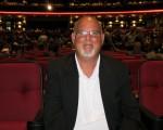 企業家Charlie Puci觀看了神韻紐約藝術團2016年4月24日下午在洛杉磯微軟劇院(Microsoft Theater)舉行的演出。(李旭生/大紀元)