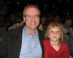 國會議員Borys Wrzesnewskyj帶女兒Victoria於2016年4月24日觀賞了神韻演出,他稱讚神韻是最高級別演出。( 周月諦/大紀元)