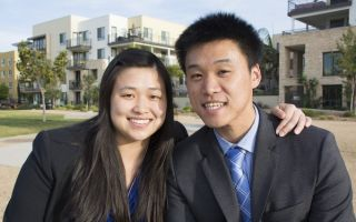 圖:華裔律師本不多,華裔刑事辯護律師更是鳳毛麟角。加州聖地亞哥華裔律師兄妹王偉展(Thomas Wang)和王庭祤(Ariel Chiu)雙雙出道刑事辯護律師,引人注目。(楊婕/大紀元)