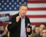 3月23日,美国共和党总统参选人卡西奇在威斯康辛州竞选集会中发言。(Scott Olson/Getty Images)