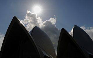 """悉尼至今""""不见秋"""" 温暖天气将持续到五月"""