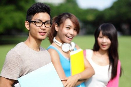 World Stars Education 世界之星教育學院讓您的孩子在眾多的留學生中贏在起跑點上。(shutterstock)
