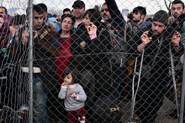 难民危机前途未卜 联合国:拒之门外不奏效