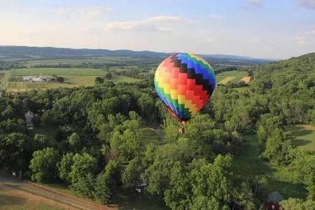 乘熱氣球歡遊受困 17人納帕谷獲救