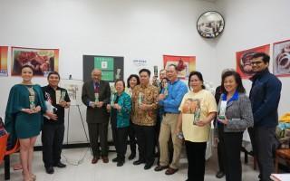 亞太裔傳統月紀念書籤發布 以「家」 為主題