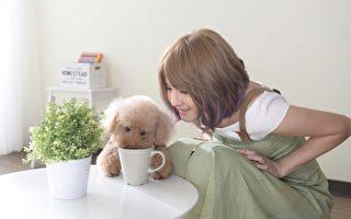 郭靜新歌唱出職場正面能量 找愛犬加拍MV