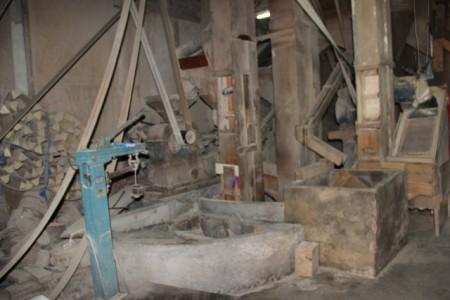 有70年历史的碾米行 迄今仍运作。(谢月琴/大纪元)