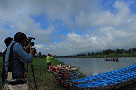 宜蘭市龍舟競渡攝影比賽開鑼了。(謝月琴/大紀元)