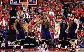 NBA季后赛:骑士4比2淘汰猛龙进总决赛