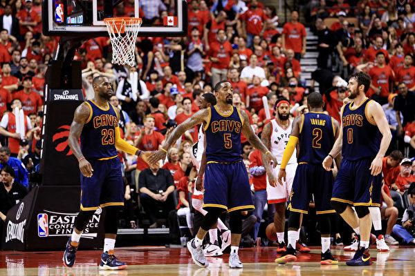 NBA季後賽:騎士4比2淘汰猛龍進總決賽