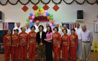 彩虹中心老人齐相聚 同祝母亲节日快乐