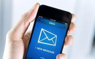 開車發短信真的比酒後駕車更危險嗎?