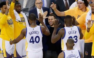 NBA西部半决赛 勇士和马刺双双旗开得胜