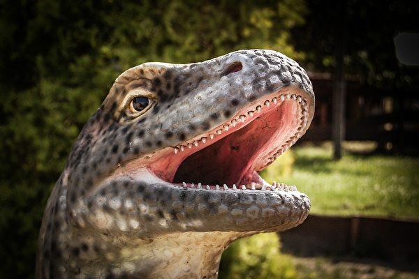 研究:恐龍有嘴唇 真實形象也許不嚇人
