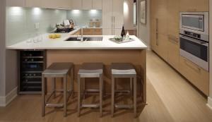 高贵林市中心最高居民楼MThree,这是其厨房。(Cessay开发商提供)