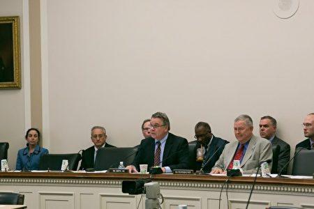 """6月23日,美国国会众议院外交委员会举行联合听证会,题为""""强摘器官:对野蛮行为的审视""""(摄影:大纪元/李莎)"""