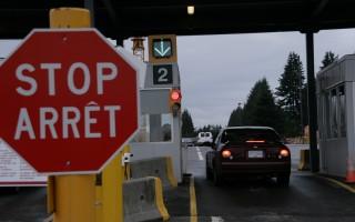 独立日驾车去邻国旅游 美国人要注意什么