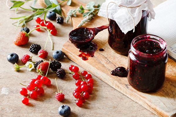 對表漿果果醬(fotolia)