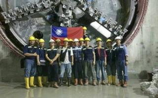 台灣英雄造印尼捷運 中華民國國旗飄揚