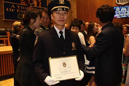 71分局的李立強獲得晉升,成為警監。