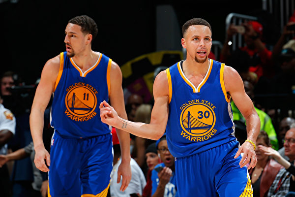 NBA總決賽 騎士對陣勇士 勝負伯仲之間