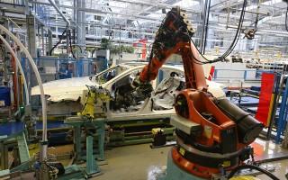 对抗中共野心 默克尔阻止其收购机器人公司