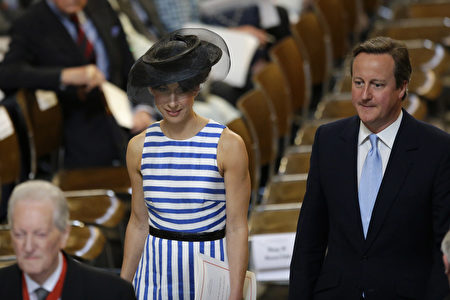 British Prime Minister David Cameron (R) and his wife Samantha (L) leave at the end of a national service of thanksgiving for the 90th birthday of Britain's Queen Elizabeth II at St Paul's Cathedral in London on June 10, 2016, which is also the Duke of Edinburgh's 95th birthday. Britain started a weekend of events to celebrate the Queen's 90th birthday. The Queen and the Duke of Edinburgh along with other members of the royal family will attend a national service of thanksgiving at St Paul's Cathedral on June 10, which is also the Duke of Edinburgh's 95th birthday. / AFP / POOL / Matt Dunham (Photo credit should read MATT DUNHAM/AFP/Getty Images)