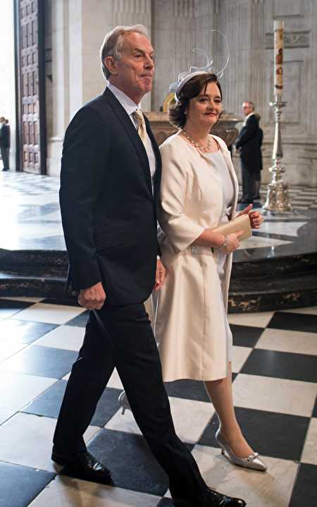 British former prime minister Tony Blair (L) and his wife Cherie Blair (R) arrive to attend a national service of thanksgiving for the 90th birthday of Britain's Queen Elizabeth II at St Paul's Cathedral in London on June 10, 2016, which is also the Duke of Edinburgh's 95th birthday. Britain started a weekend of events to celebrate the Queen's 90th birthday. The Queen and the Duke of Edinburgh along with other members of the royal family will attend a national service of thanksgiving at St Paul's Cathedral on June 10, which is also the Duke of Edinburgh's 95th birthday. / AFP / POOL / STEFAN ROUSSEAU (Photo credit should read STEFAN ROUSSEAU/AFP/Getty Images)