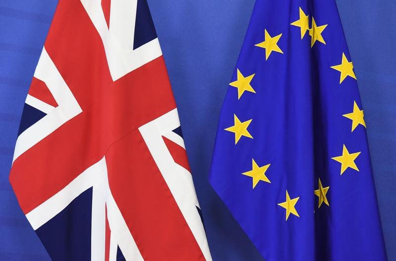 英國脫歐公投 - cover