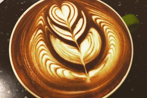 閱讀柒年 寧靜咖啡沉澱心靈