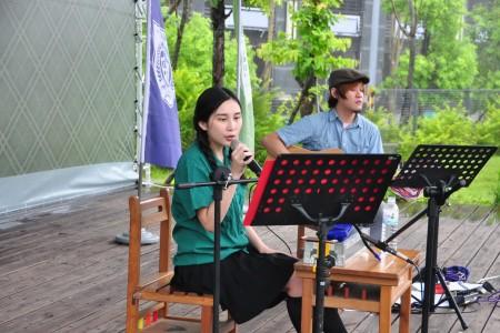 我们的少女时代,民歌演唱。(赖月贵/大纪元)