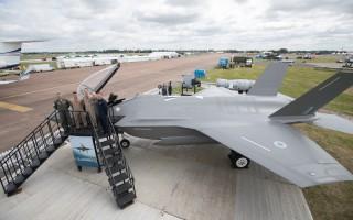展示北歐防衛能力 F-35英國航展亮相