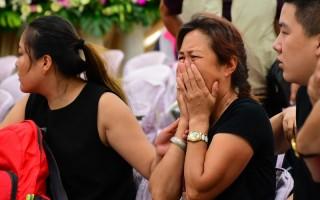 台火燒車 第2批陸客遺體身份確認 家屬淚崩