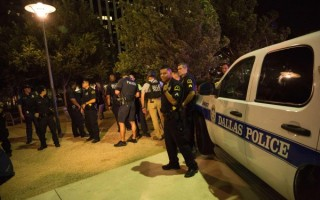 達拉斯槍擊案後 加州各界迅速反應