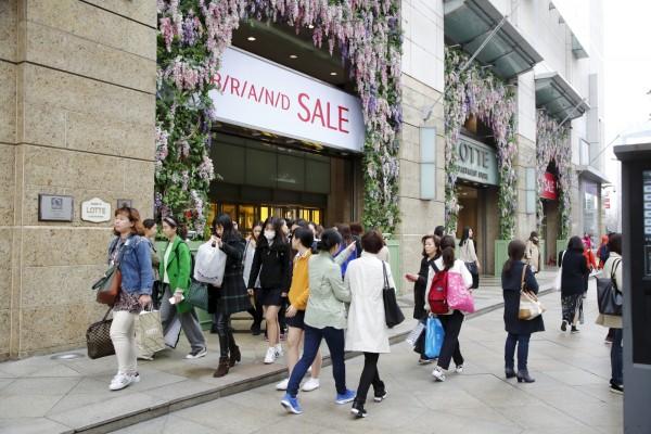 韩国旅游业进入萧条期 整形业也不受青睐