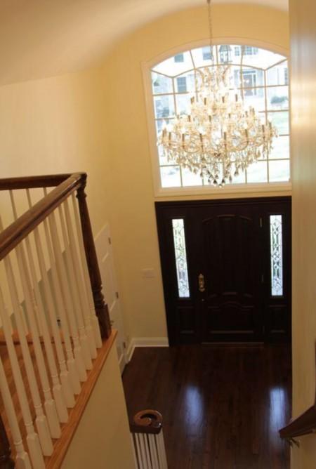 整座房子高贵典雅,设计独具匠心,阳光可洒满屋内的每一个角落。(简丽逢提供)