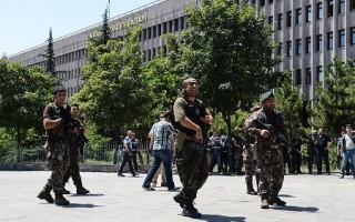 土耳其铁腕清洗 7500人被捕 美吁尊重法治